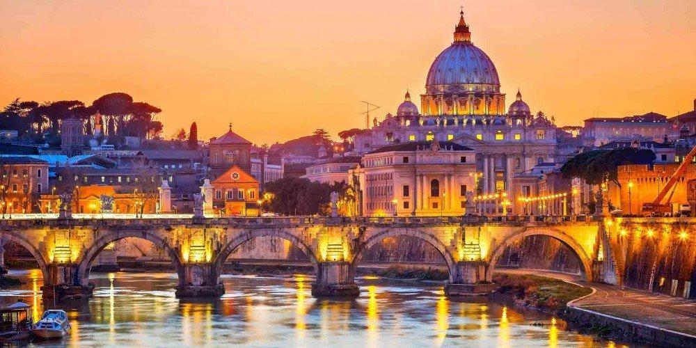 کدام جاذبه های تاریخی در رم باید دیده شوند؟